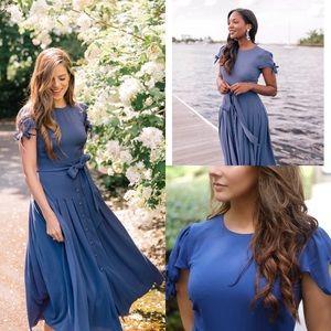 Gal meets glam Bette crepe blue midi pleat dress 5